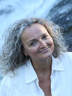 Annet Katrine Holm